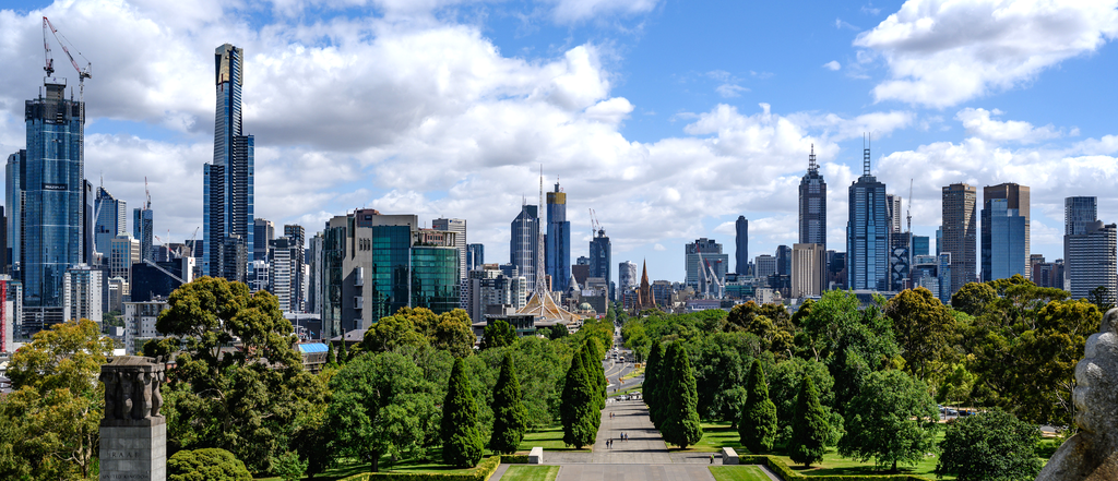 1024px-Melbourne_as_viewed_from_the_Shrine-_January_2019